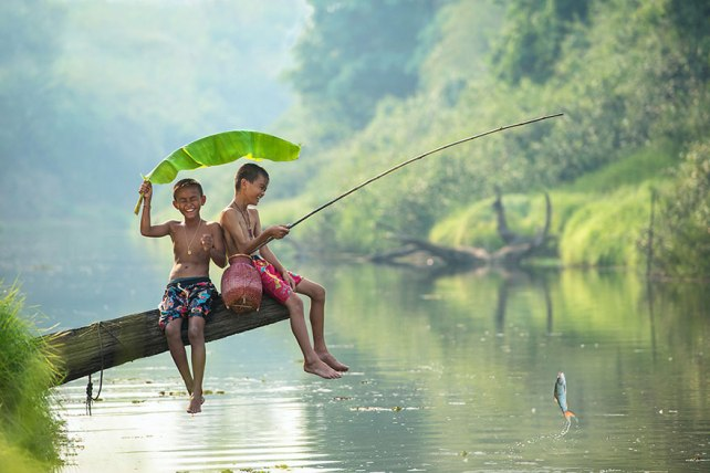 children-around-the-world-1tailandia
